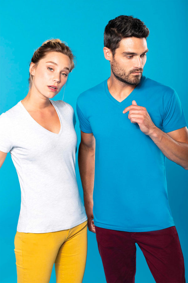 T-Shirt col V - Broderie - Marquage textile